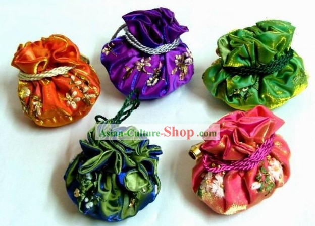 Chinese Classic Hand Made Furling Purse-Chrysanthemum