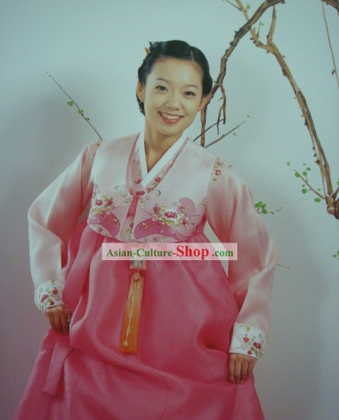 Supreme Korean Traditional Embroidered Flower Dress Hanbok for Women (pink)