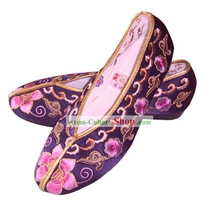 Chinese Traditional Handmade Embroidered Princess Satin Shoes (various flower, purple)