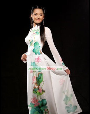 Vietnam Classic White Lotus Costume and Hat Set