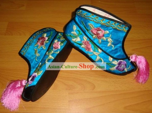 Chinese Traditional Embroidered Opera Boots ( antique shoes style )