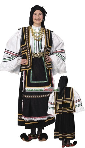 Sarakatsana Femme costume traditionnel grec