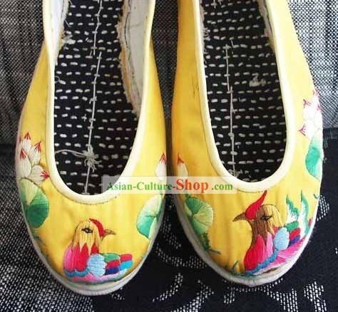 Chinese Traditional Embroidery Mandarin Ducks Shoes