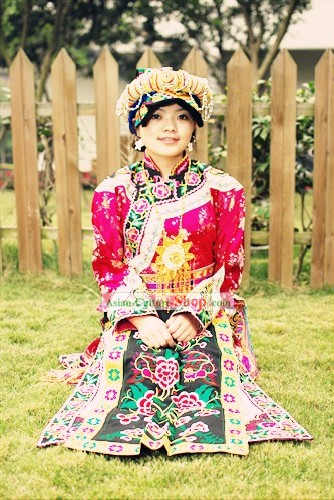 Traditional Chinese Qiang Minority Ethnic Clothing and Hat Set