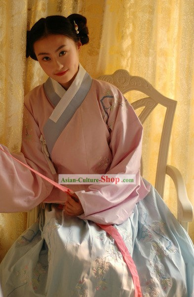 Ming Dynasty Beauty Clothing Complete Set for Women