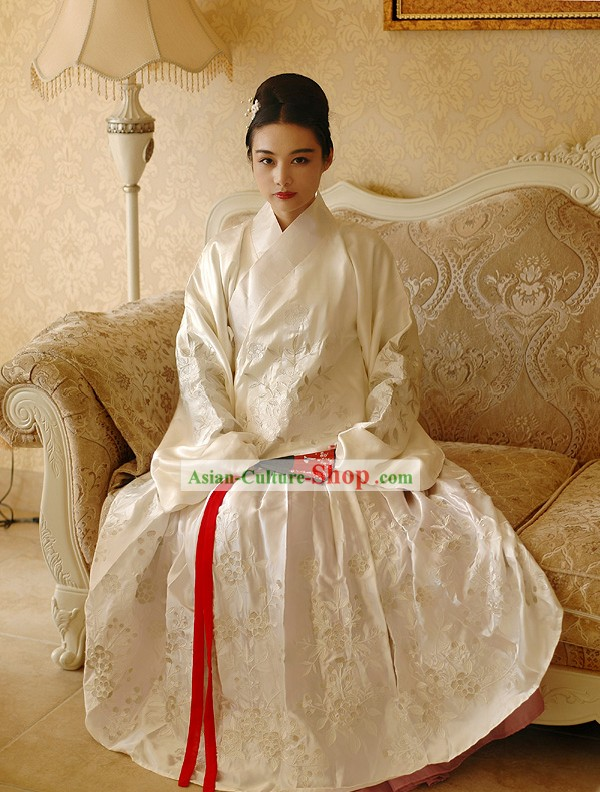 Beautiful Chinese National Costume Hanfu for Women
