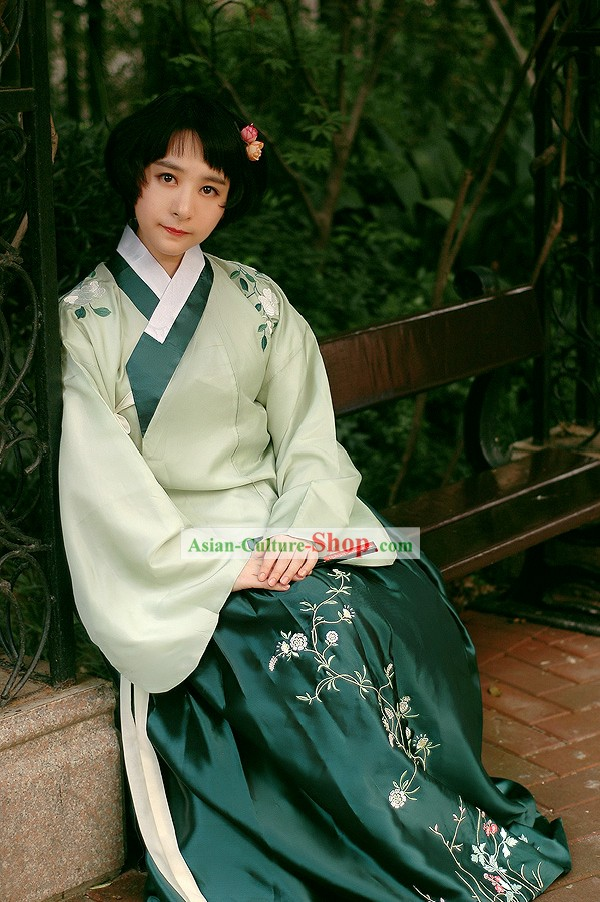 China Ancient Clothing for Women