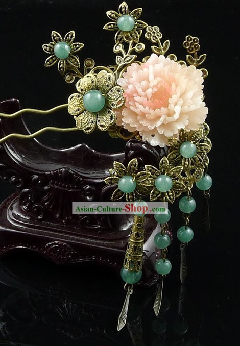 Traditional Chinese Butterfly and Flower Hair Accessory