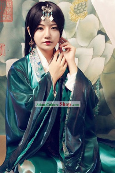 Ancient Chinese Hanfu Clothing for Women