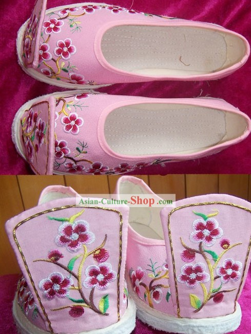 Chinese Tang Dynasty Hanfu Embroidery Shoes