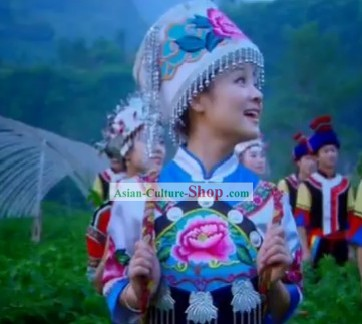 Chinese Ayouduo Folk Minority Clothing and Hat Set