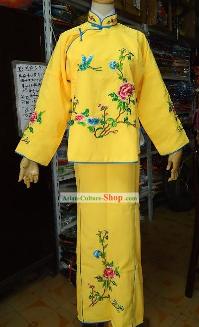 Traditional Chinese Opera Costumes for Women