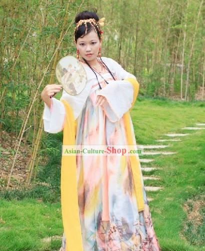 Ancient Chinese Tang Dynasty Women Clothing
