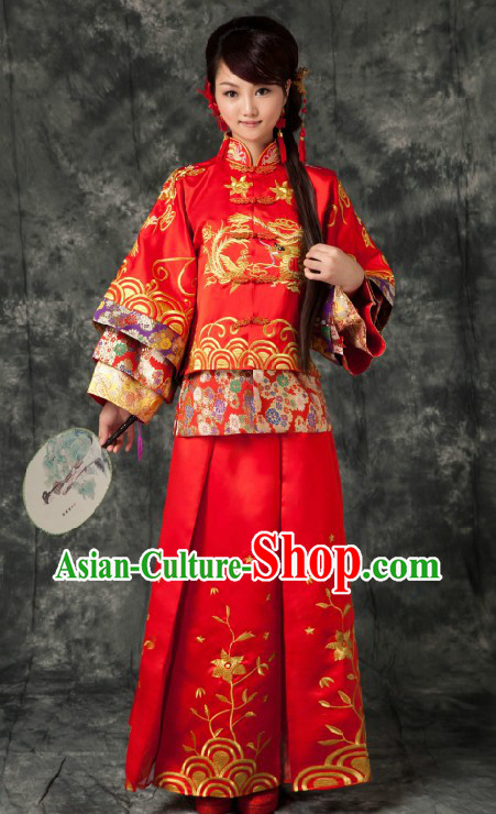 Traditional Chinese Red Phoenix Wedding Clothing for Brides