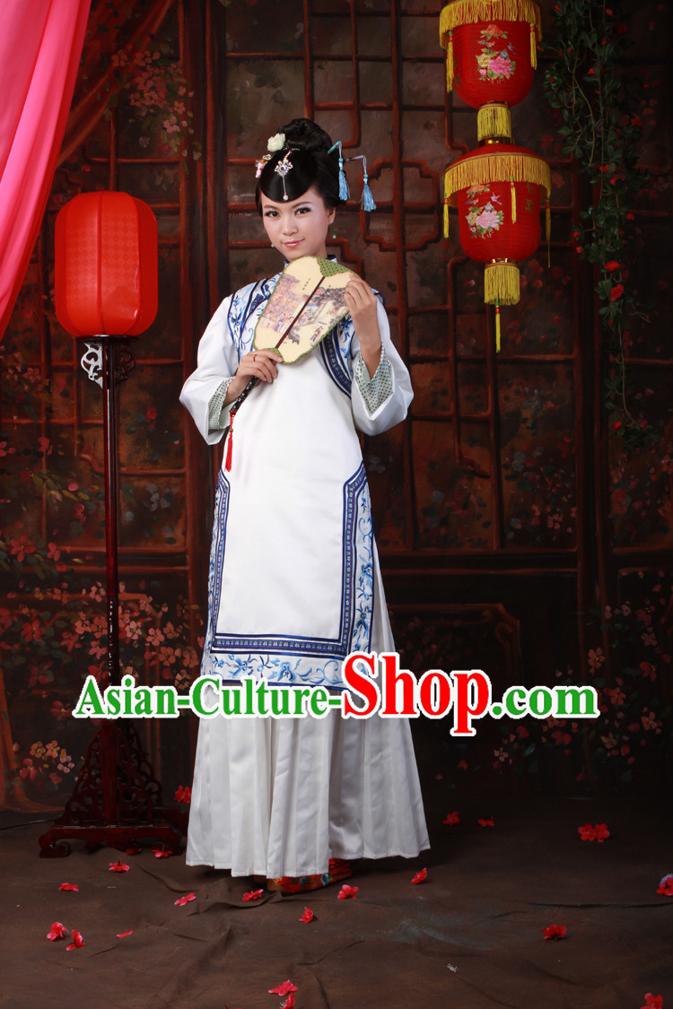 Qing Dynasty White Embroidered Flower Lady Clothing for Women