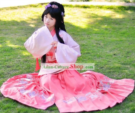 Ancient Chinese Ming Dynasty Female Hanfu Clothing
