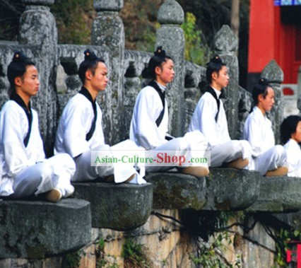 Daoist Priest Students Clothing and Headpiece