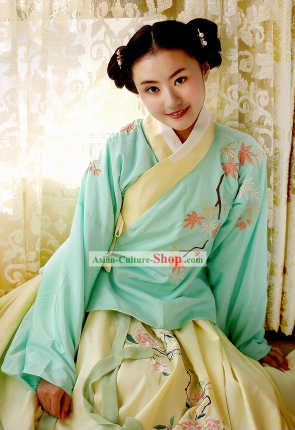 Ancient Ming Dynasty Princess Clothing Complete Set