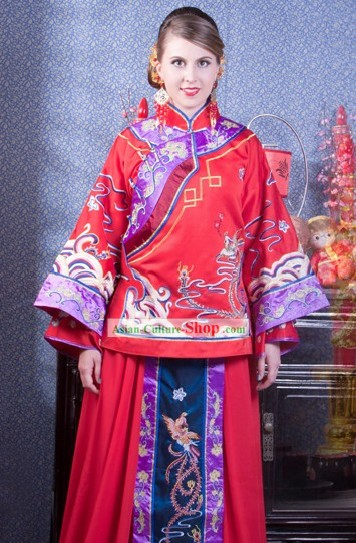Traditional Chinese Embroidered Phoenix Wedding Dress