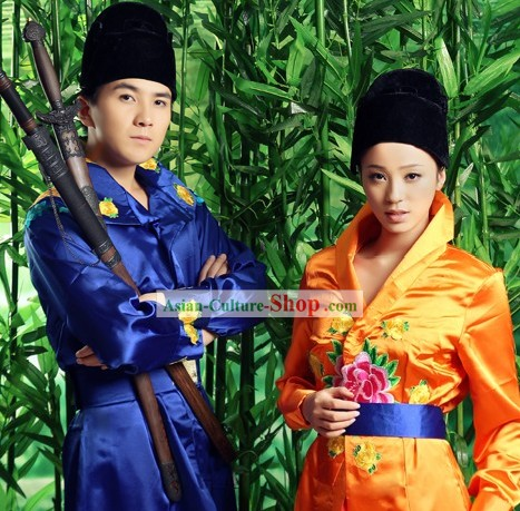 Traditional Chinese Martial Arts Chivalry Costume 2 Complete Sets for Men and Women