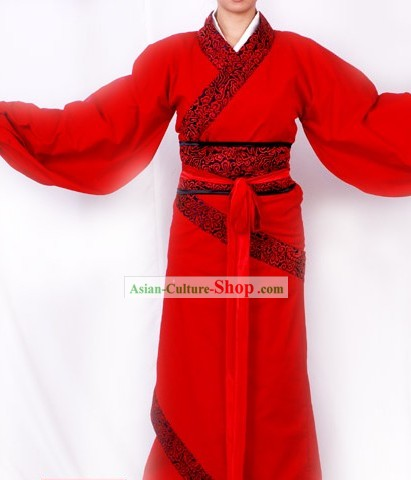 Ancient Chinese Han Dynasty Garment for Women