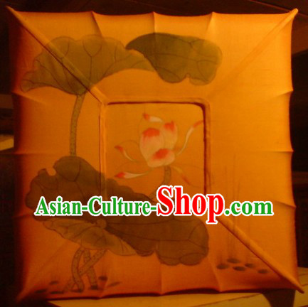 Chinese Classic Handmade and Painted Silk Lotus Ceiling Lantern