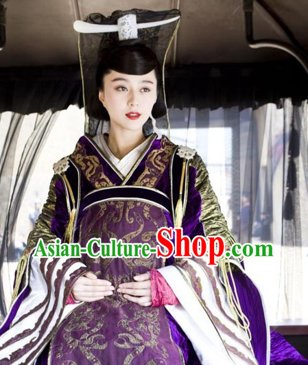 Ancient Chinese Han Dynasty Empress Clothing and Headpiece