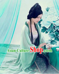 Ancient Chinese Tea Ceremony Beauty Green Costume
