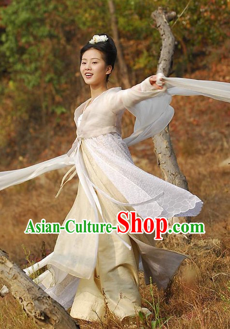 Ancient Chinese Lady in White Dance Costume for Women