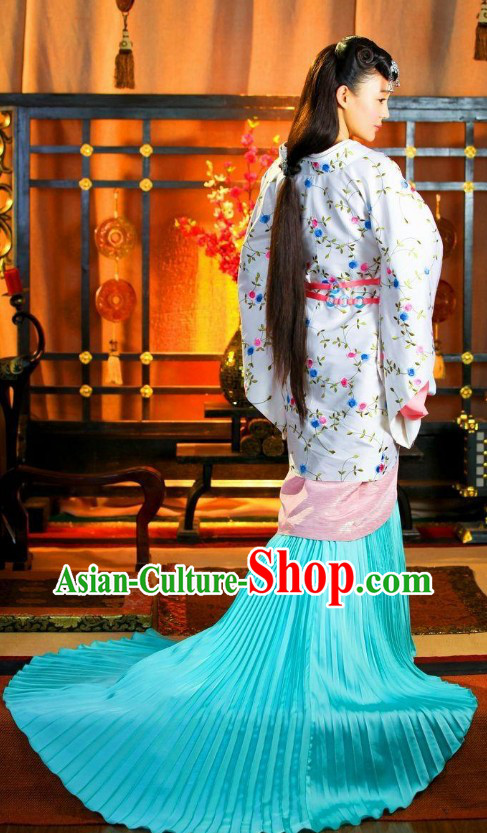 Chinese Classic Imperial Han Princess Costumes with Long Tail