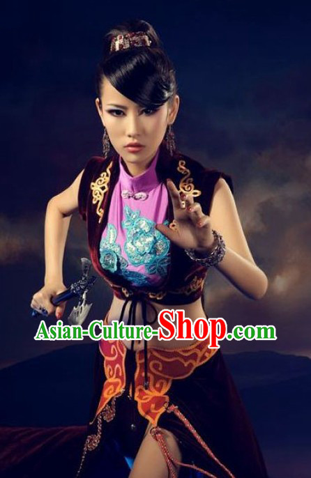 Chinese Cosplay Swordswoman Costumes