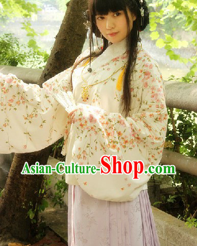 Ming Dynasty Princess Embroidered Flower Hanfu Attire Complete Set