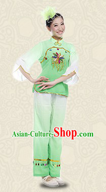 Traditional Stage Performance Folk Dance Costumes for Women