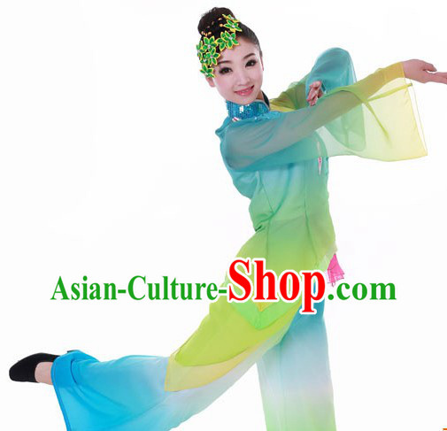 Traditional Chinese Yangge Dance Costumes and Headpieces for Women