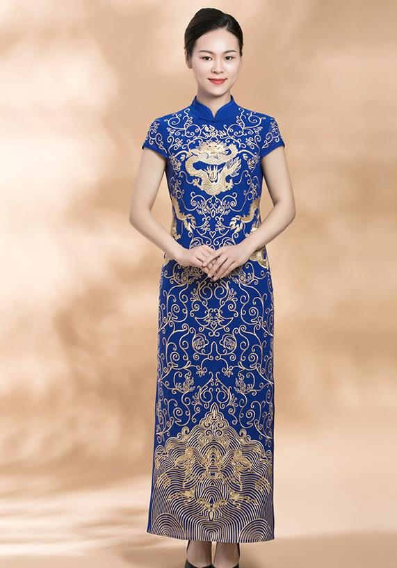 Chinese Classical Embroidered Dragon Costumes Complete Set for Women