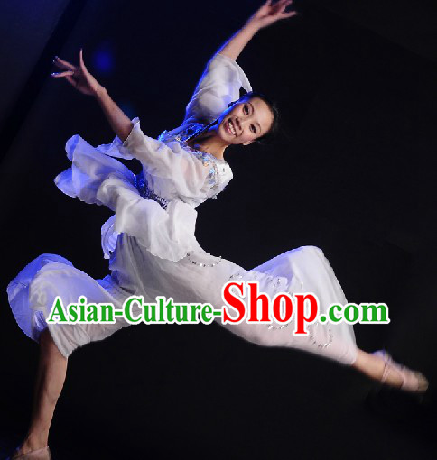 Tailored-made Classical Dancing Costumes and Headgear for Women