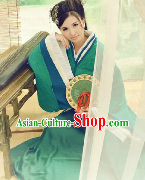 Ancient Chinese Pretty Girl Green Costumes and Accessories Complete Set