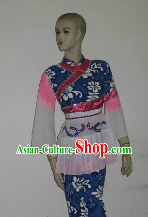 Traditional Chinese Hakka Clothes