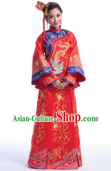 Chinese Traditional Wedding Attire for Brides