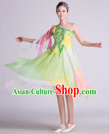 China Modern Dance Costumes and Headwear Complete Set for Women