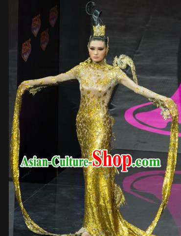 China National Costume and Headwear Complete Set for Women