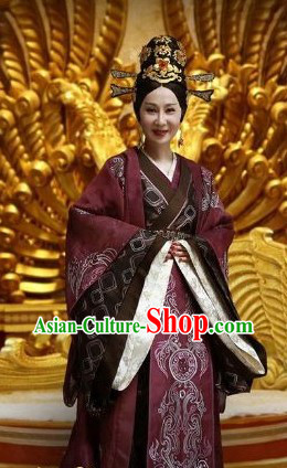 Han Dynasty Empress Hanfu Clothing and Headwear for Women