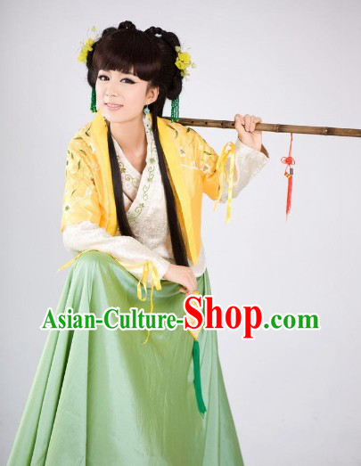 Song Dynasty Naughty Swordswoman Clothing and Headwear for Women