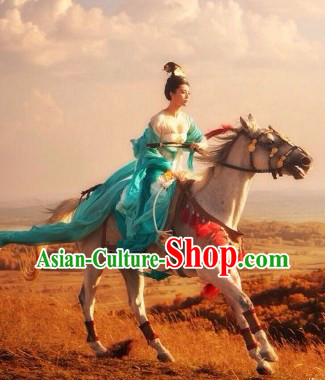 Ancient Chinese Tang Dynasty Princess Clothing and Wig Complete Set