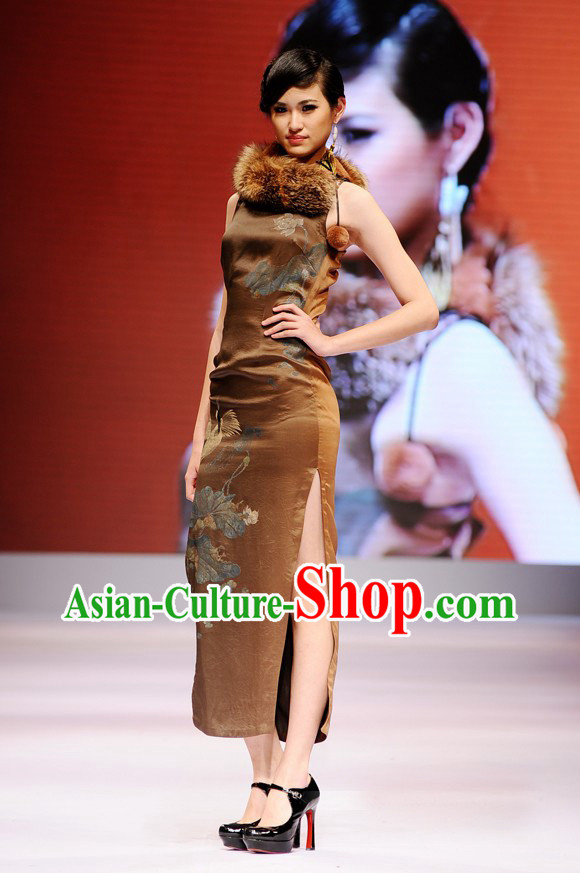 Luxury Chinese Golden Cheongsam Couture