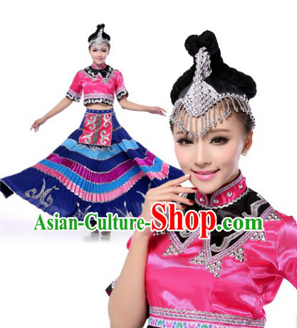 Chinese Yi Nationality Clothing and Headwear Complete Set for Women
