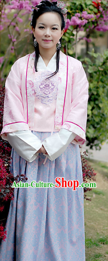 Ancient Chinese Song Dynasty Costumes for Women