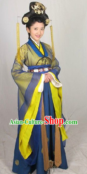 Ancient Chinese Priness Clothing and Hair Accessories Complete Set for Women