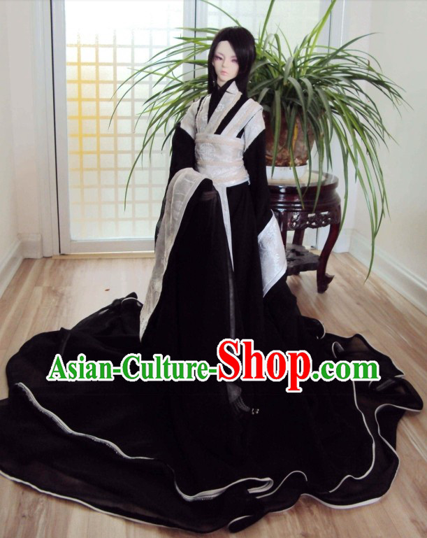 Ancient Chinese Black and White Clothing for Men