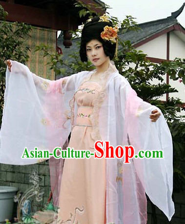 Ancient Chinese Tang Dynasty Girl Clothing